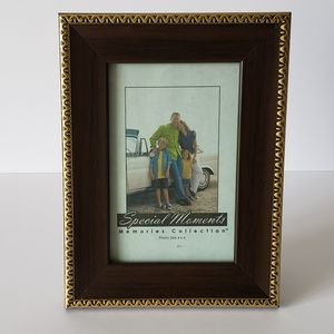 ❤FREE with Purchase!❤ 4×6 Burgundy Gold Frame 4×6